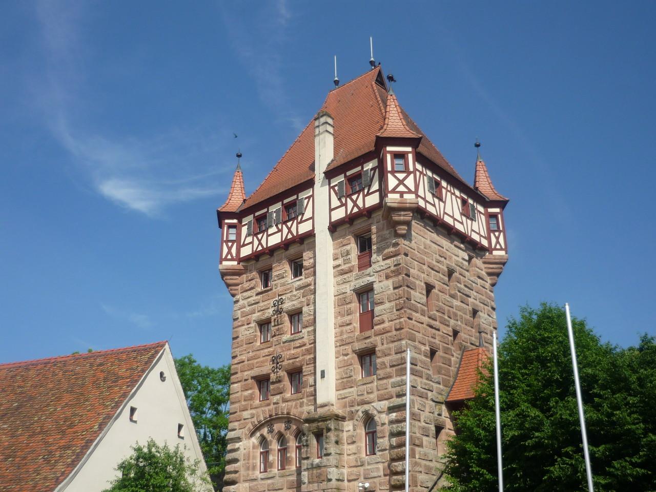 4 Башня замка Абенберг.jpg
